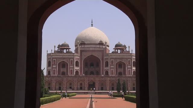 Zoom in humayuns tomb delhi india