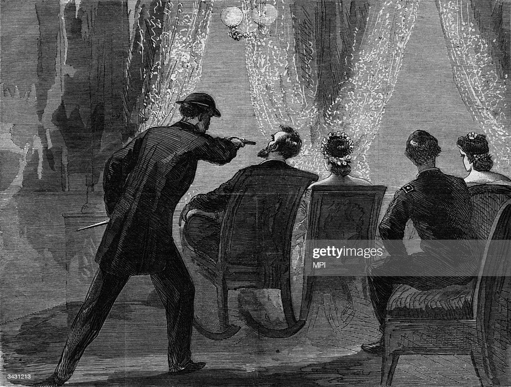 John Wilkes Booth assassinating President Abraham at the Ford Theatre, Washington DC. From an edition of Harper's Weekly. Printed by Currier & Ives. Original Artwork: Printed by Currier & Ives.