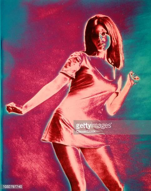 1960s GIRL WOMAN SHORT...