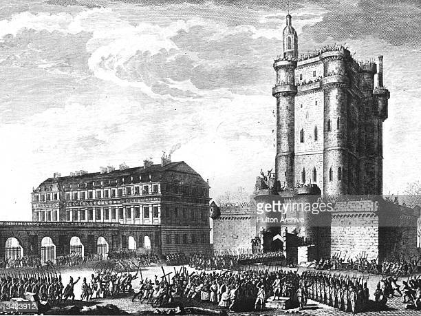 Rioting mobs ouside the chateau at Vincennes, on the outskirts of Paris, during the French Revolution.