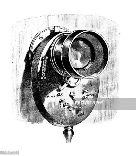 ilustrações de stock, clip art, desenhos animados e ícones de antique scientific engraving illustration: camera shutter lens - maquina fotografica antiga