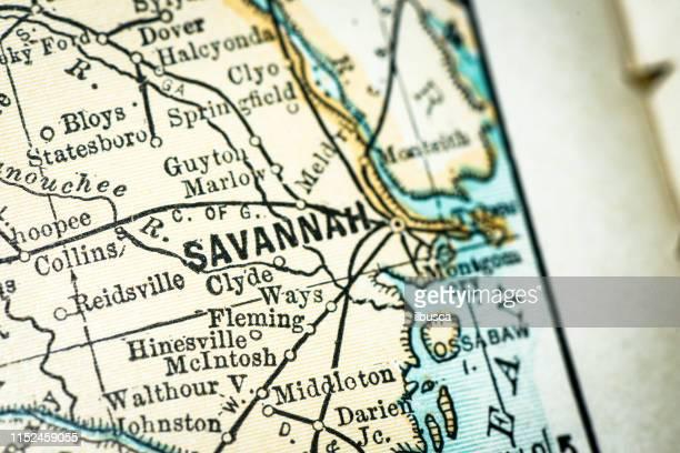 ilustraciones, imágenes clip art, dibujos animados e iconos de stock de detalle de close-up del mapa de antique usa: savannah, georgia - georgia estado de eeuu