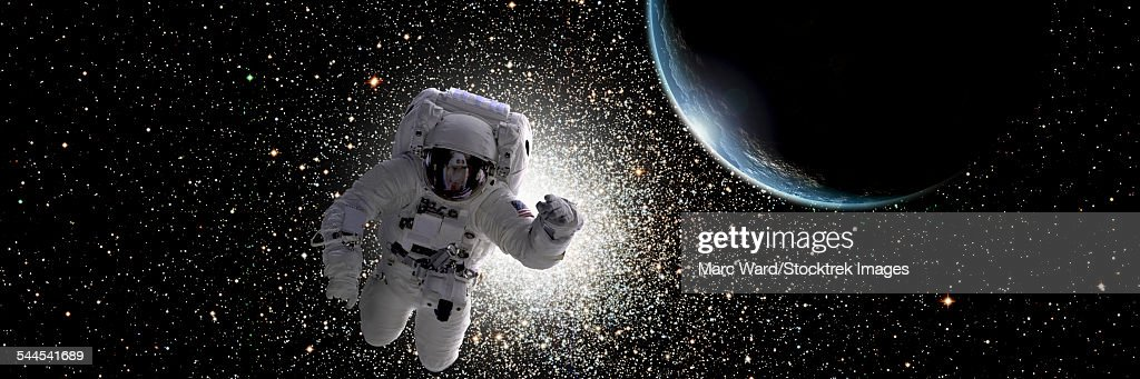 astronaut in deep space - photo #35