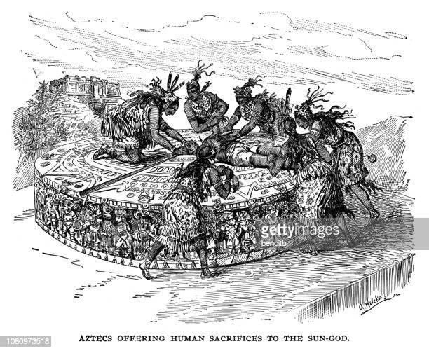ilustraciones, imágenes clip art, dibujos animados e iconos de stock de aztecas ofreciendo huiman sacrificios al dios sol - ceremonia