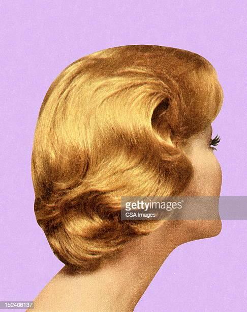 ilustrações de stock, clip art, desenhos animados e ícones de vista traseira da mulher de estilo de cabelo - loira