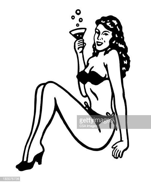 ilustraciones, imágenes clip art, dibujos animados e iconos de stock de bikini mujer agarrando cóctel - reina de belleza