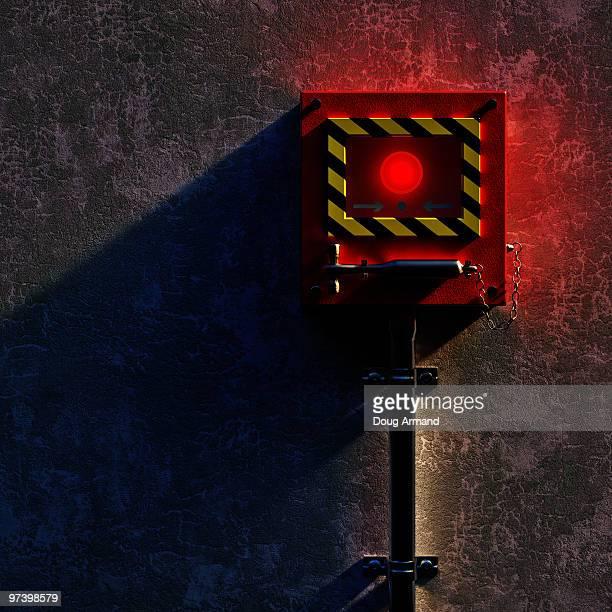 break in an emergency - 警報機点のイラスト素材/クリップアート素材/マンガ素材/アイコン素材