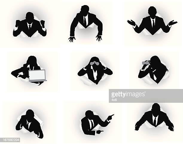 Geschäftsleute aufstrebenden durch von Loch-Papier