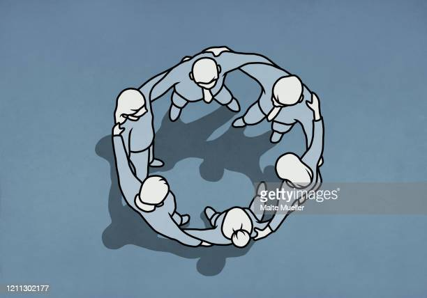 illustrations, cliparts, dessins animés et icônes de business people standing in huddle circle - femme ronde