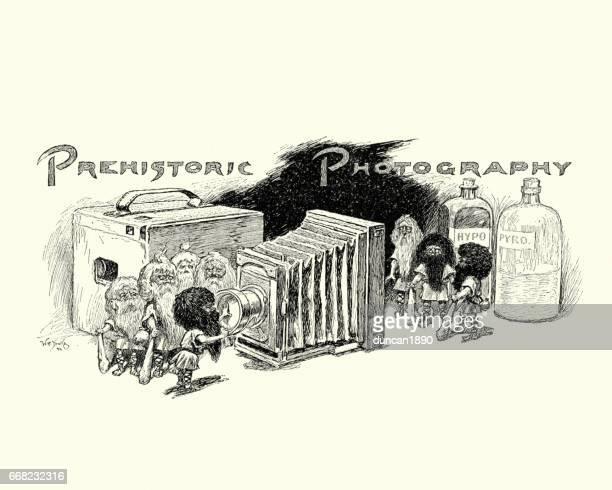 ilustrações de stock, clip art, desenhos animados e ícones de cartoon about prehistoric photography, 19th century - maquina fotografica antiga
