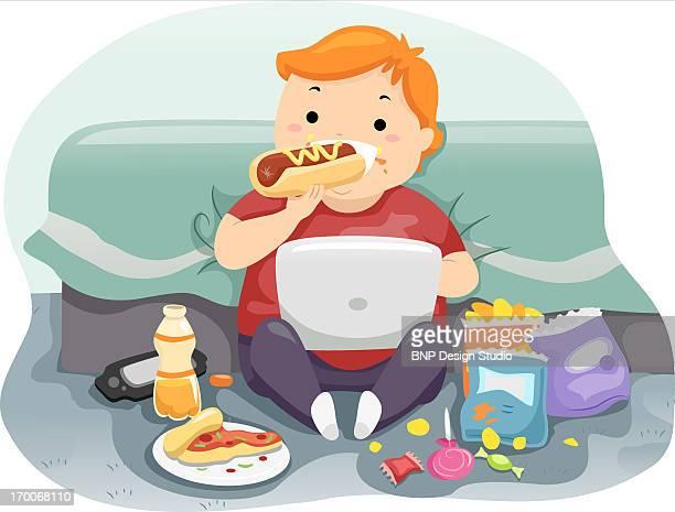 ilustraciones, imágenes clip art, dibujos animados e iconos de stock de a child eating a hot dog while playing on a laptop - obesidad infantil