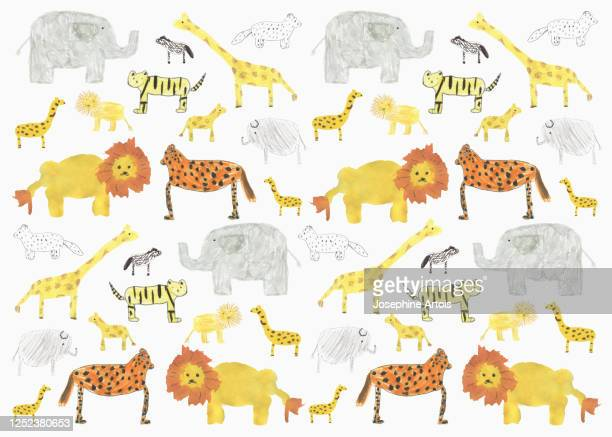 ilustraciones, imágenes clip art, dibujos animados e iconos de stock de childs drawing safari animal pattern on white background - un animal