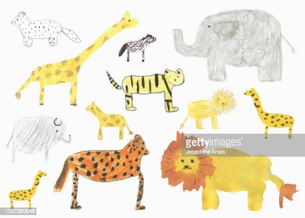 ilustraciones, imágenes clip art, dibujos animados e iconos de stock de childs drawing safari animals on whit background - un animal