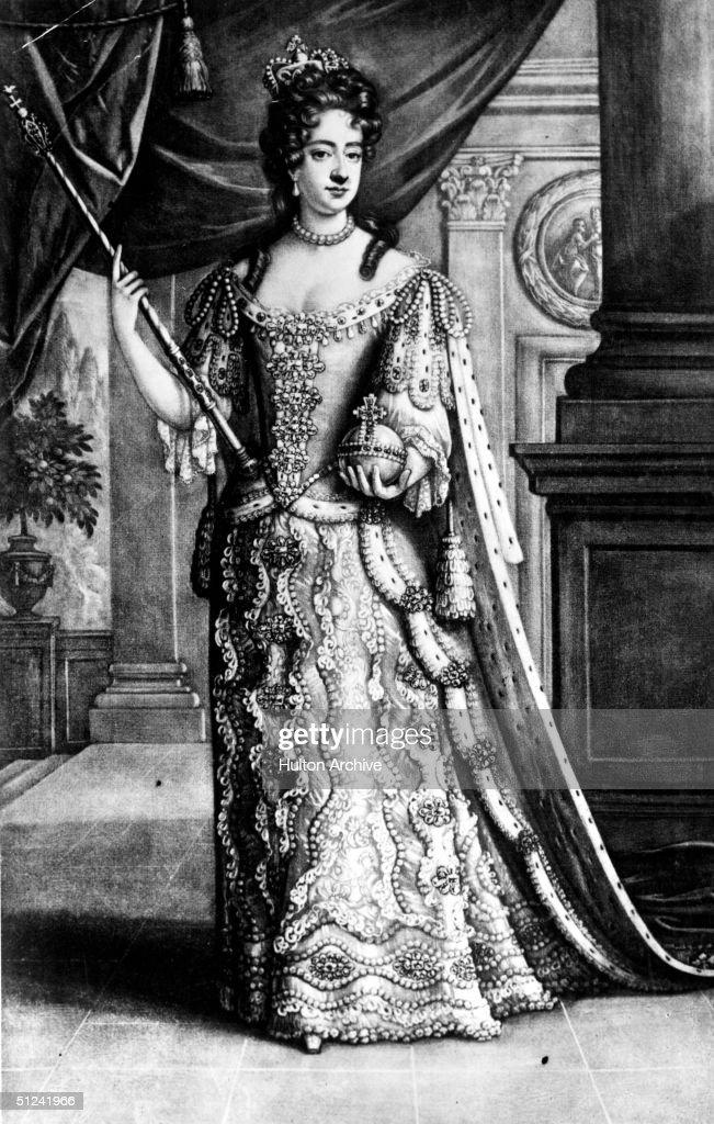 Mary II : News Photo