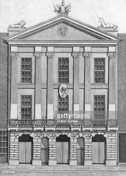 The Old Theatre Royal Drury Lane designed by Sir Christopher Wren and opened in 1674 This front which stood in Bridges street was built by order of...