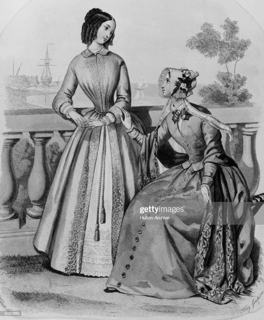 Victorian Fashions : News Photo