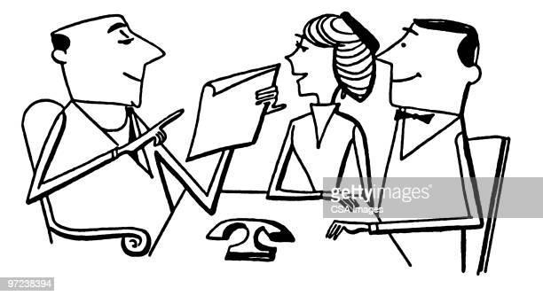 ilustraciones, imágenes clip art, dibujos animados e iconos de stock de couple going over contract with realtor - compromiso de los empleados