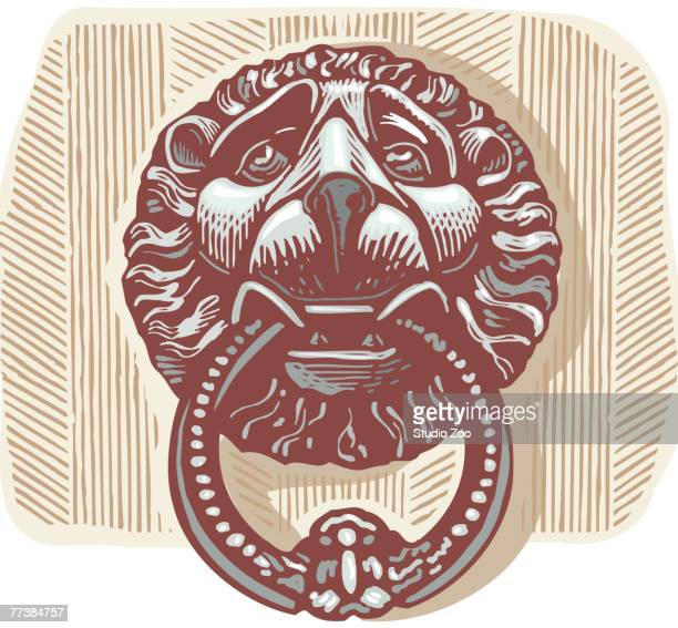 illustrations, cliparts, dessins animés et icônes de a door knocker in the shape of a lion holding a ring in its mouth - marteaudeporte