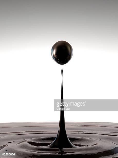 droplet of crude oil - 精油点のイラスト素材/クリップアート素材/マンガ素材/アイコン素材