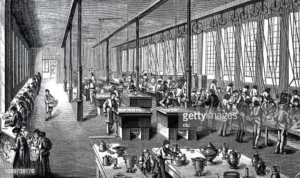 ilustraciones, imágenes clip art, dibujos animados e iconos de stock de fábrica para la galjanoplastia de plata - revolucion industrial