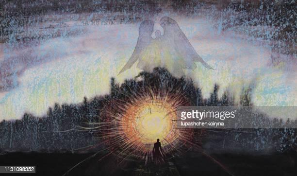 ファッショナブルなイラスト現代の芸術作品私のオリジナルのパステル画紙の上に水平夕方夕日夕日天使の空のシルエット夕日の中の女性