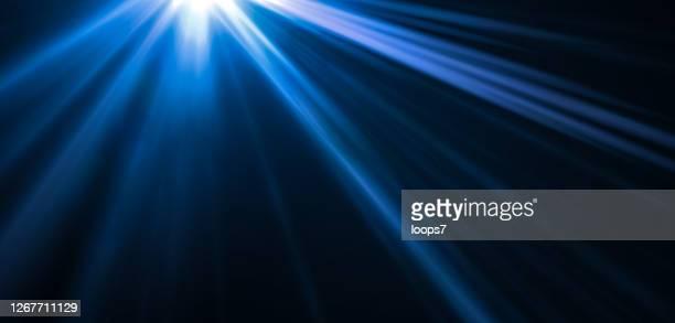 blitzlicht - schwarzer hintergrund stock-grafiken, -clipart, -cartoons und -symbole