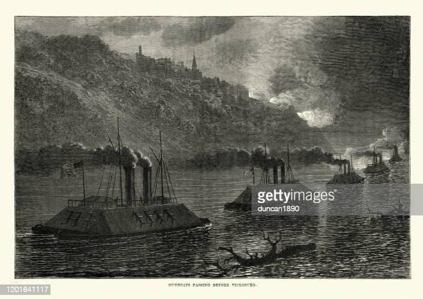 illustrations, cliparts, dessins animés et icônes de flotte de canons de fer de l'union passant avant vicksburg, guerre civile - vaisseau de guerre