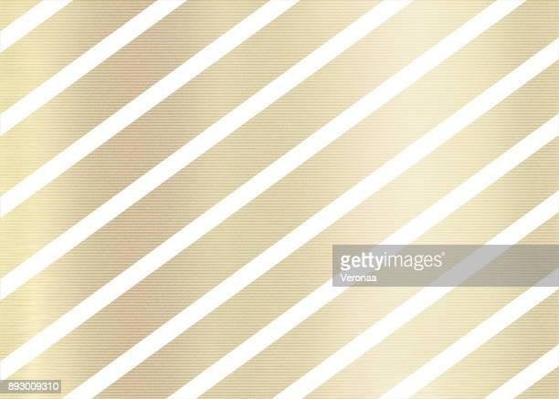 ilustraciones, imágenes clip art, dibujos animados e iconos de stock de fondo de oro con líneas diagonales blancas - papel de aluminio
