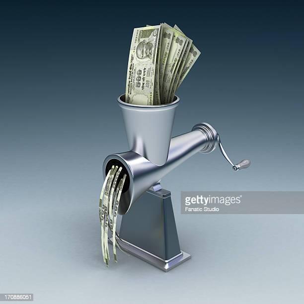 Grinder destroys Indian five hundred Rupee notes
