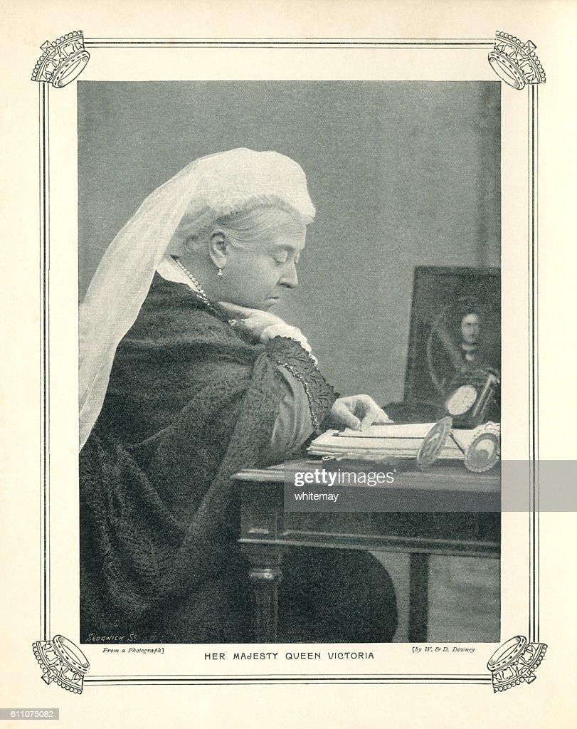 Halftone portrait of Queen Victoria : Stock Illustration