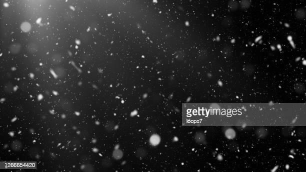 ilustrações de stock, clip art, desenhos animados e ícones de huge snowflake snowfall in the night - efeito multicamada