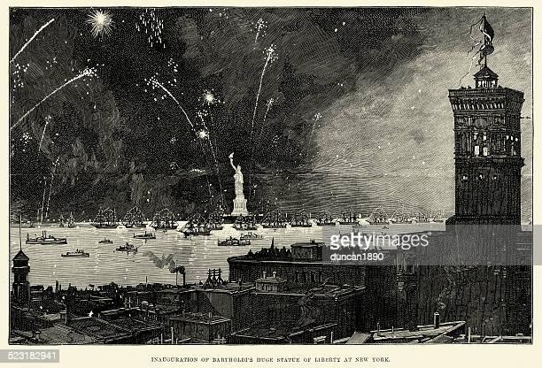 ilustraciones, imágenes clip art, dibujos animados e iconos de stock de inauguración de la estatua de la libertad nueva york, 1886 - estatua de la libertad