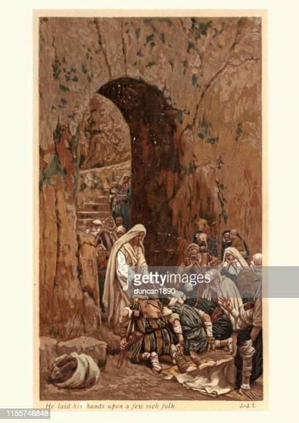 jesus christus heilt die kranken menschen - james tissot stock-grafiken, -clipart, -cartoons und -symbole