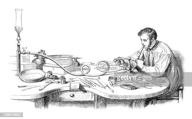 ガスランプ付きジュエリー溶ける金属 1861 - 宝石職人点のイラスト素材/クリップアート素材/マンガ素材/アイコン素材