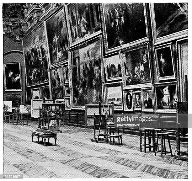 les salles rouges im palais du louvre in paris, frankreich - 19. jahrhundert - louvre stock-grafiken, -clipart, -cartoons und -symbole