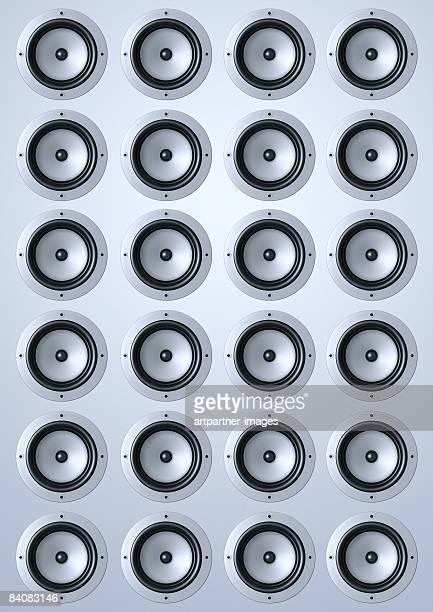 loudspeaker / speakers