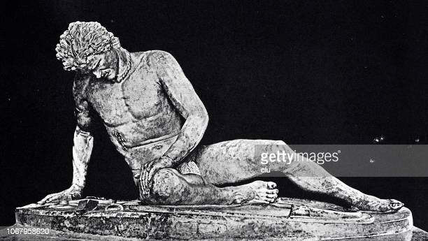 ilustrações, clipart, desenhos animados e ícones de estátua de mármore no capitólio em roma: o gaulês moribundo - roman