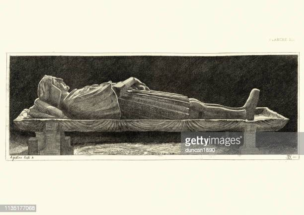 medieval italian sculpture, effigy of gaston de foix by bambaja - sarcophagus stock illustrations