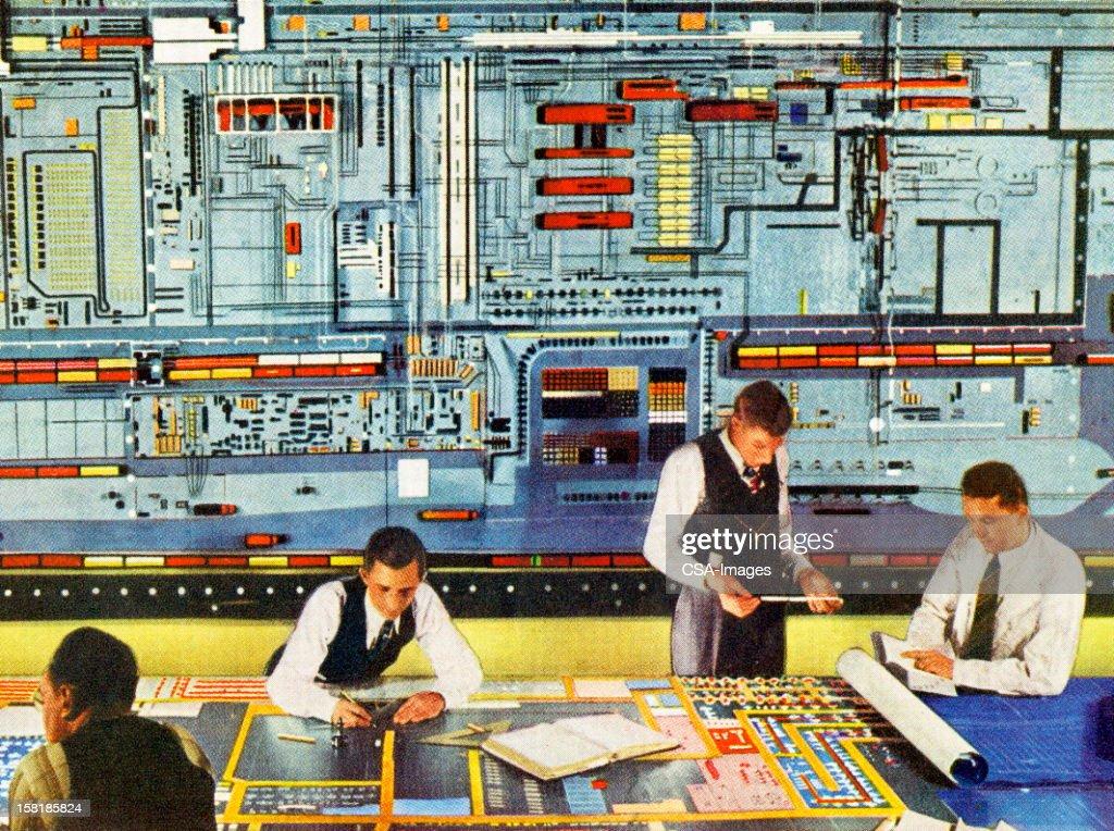 Uomo che lavora con Super Computer : Illustrazione stock