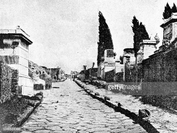 Pompeii - grave road