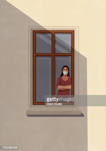ilustraciones, imágenes clip art, dibujos animados e iconos de stock de portrait woman in protective mask standing at apartment window - cuarentena