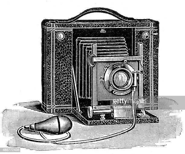 ilustrações de stock, clip art, desenhos animados e ícones de máquina retro - maquina fotografica antiga
