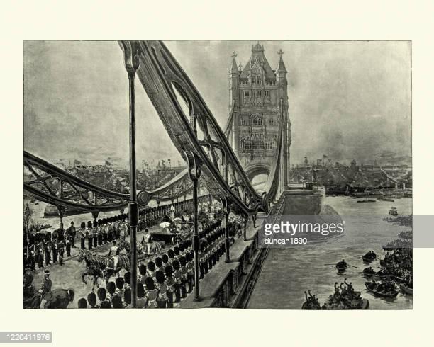 ロイヤル行列のタワーブリッジ、ロンドン、1894年 - セントラル・ロンドン点のイラスト素材/クリップアート素材/マンガ素材/アイコン素材