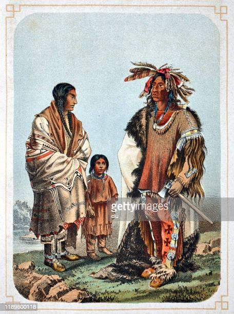 ilustraciones, imágenes clip art, dibujos animados e iconos de stock de familia sioux indians - indios americanos sioux