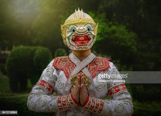 ilustrações, clipart, desenhos animados e ícones de [khon thai] thailand culture dancing art in masked khon hanuman - linda rama