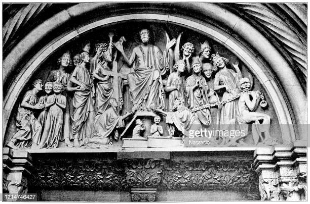"""ilustrações, clipart, desenhos animados e ícones de tentre """"o último julgamento"""" no portal do príncipe da catedral de são estêvão em bamberg - pediment"""