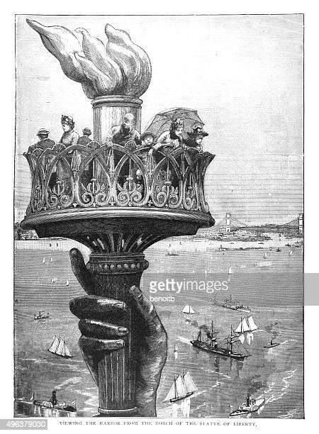 ilustraciones, imágenes clip art, dibujos animados e iconos de stock de vista de la estatua de la libertad - estatua de la libertad