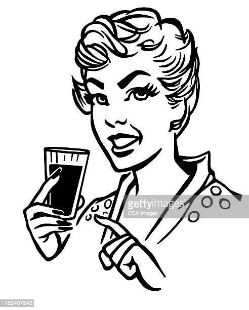 ilustraciones, imágenes clip art, dibujos animados e iconos de stock de mujer agarrando bebida - mujeres de mediana edad