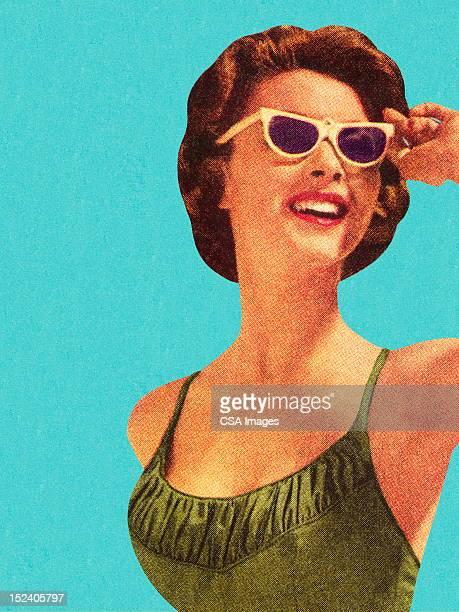 illustrations, cliparts, dessins animés et icônes de femme portant des lunettes de soleil et de la porte maillot de bain vert - adulte