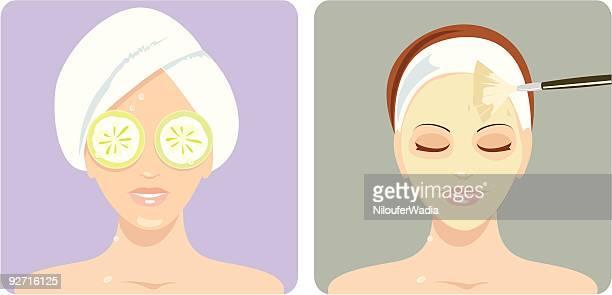 Frauen genießen Sie Schönheitsbehandlungen
